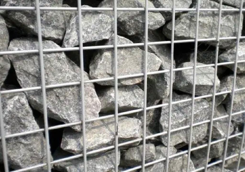 Lưới thép hàn làm rọ đá trang trí tại đà nẵng